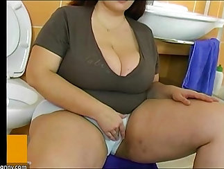 Asian Mature Girl Get Shared With Young BBW
