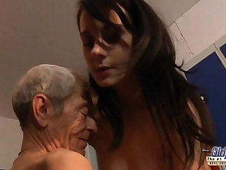 Beautiful blondie Daisy Young gets her tits banged hard by her fan