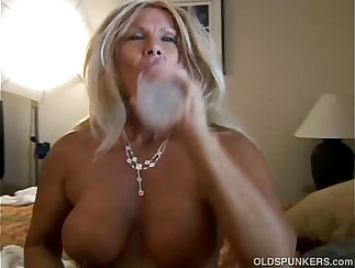 Blonde Mature Claudia Hart Couldnt Disobeying Sin