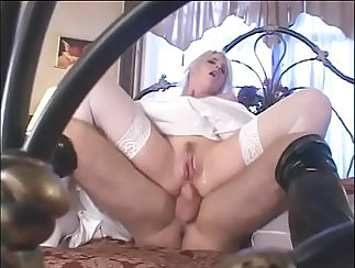 Cherie Gold Toy Fetish Time Before Wedding Day