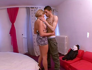 French Slim Mature Canadian Porn